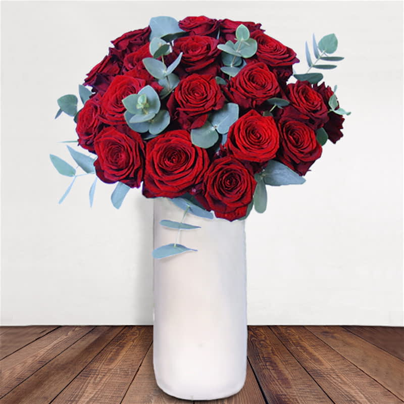 Be My Valentine Flowers Delivered - 18 Red Naomi Roses