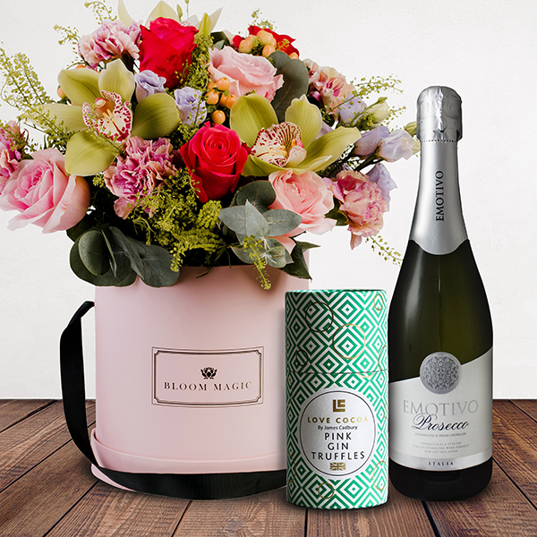 La Vie Est Belle Gift Set Flowers Delivered -