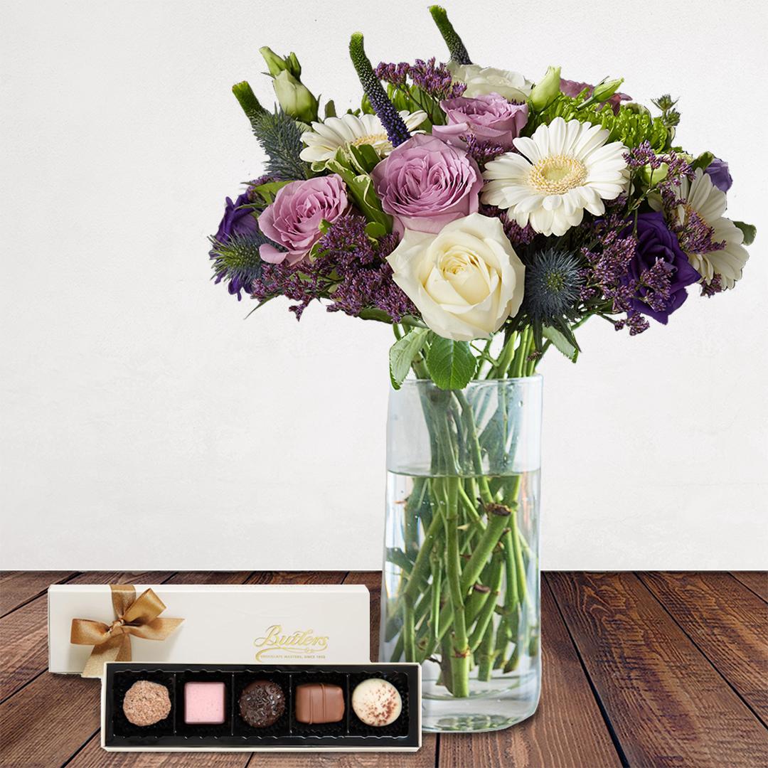 Bloom Magic - Reverie A Saint Germain - Vase & Chocolate Bundle